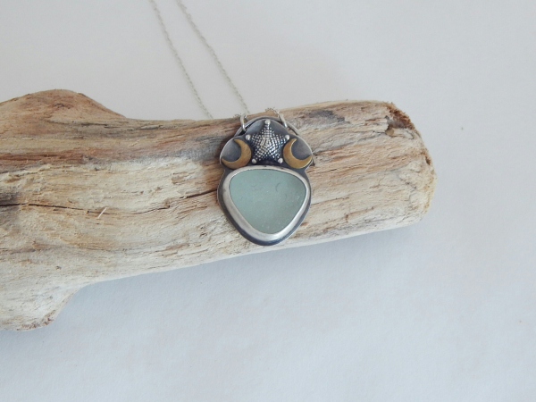 seaglass jewelry seaglass necklace