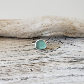 BLUEGREEN SEAGLASS RING