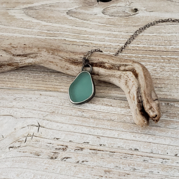 Teal Green Seaglass Necklace